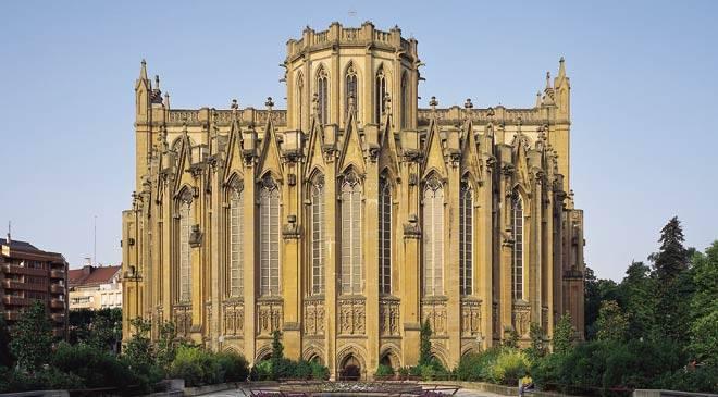 catedral_nueva_vitoria_t0100080a.jpg_1306973099