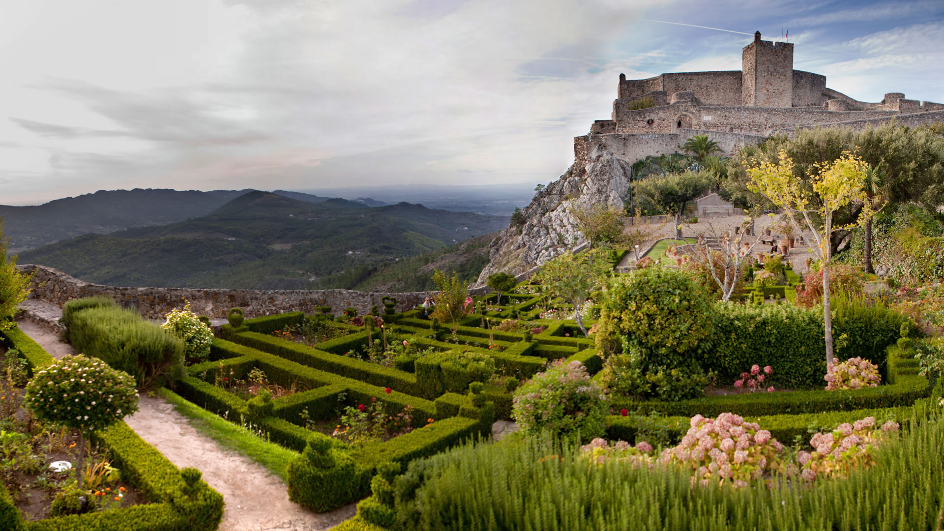 7 Castles And Monasteries Of Portugal That You Should Know