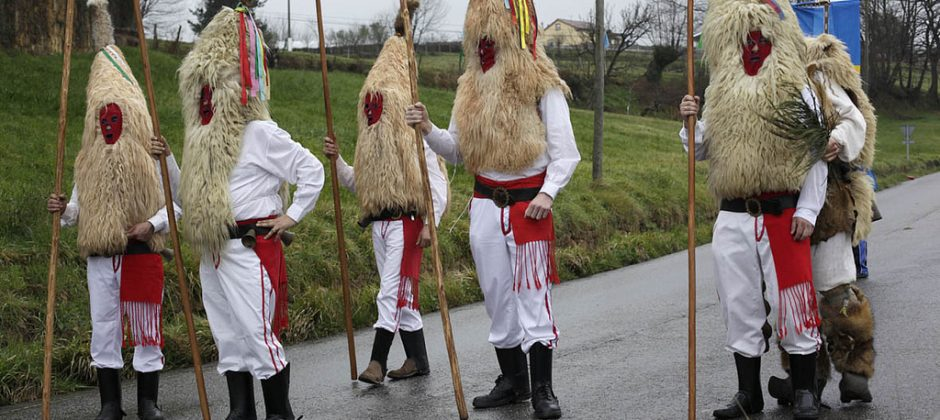 Los Sidros del Carnaval asturiano